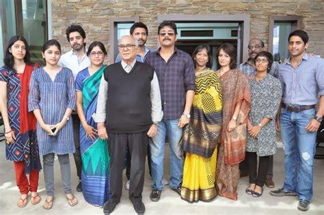actress lakshmi funeral tollywood trip akkineni nageswara rao funeral journey