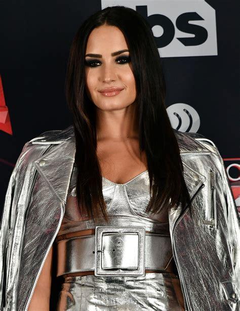 Demi Lovato Music Awards 2017