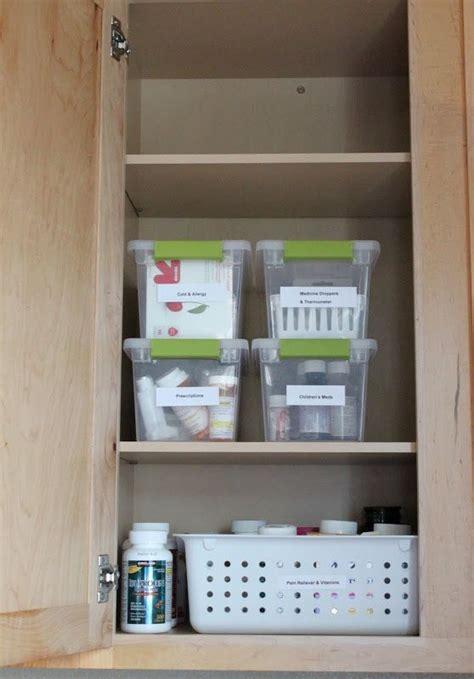 Medicine Closet Organization Ideas by 25 Best Organize Medicine Cabinet Images On