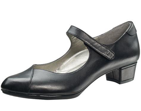 aetrex celine orthotic heels  shipping
