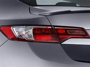 Image: 2016 Acura ILX 4-door Sedan w/Premium/A-SPEC Pkg