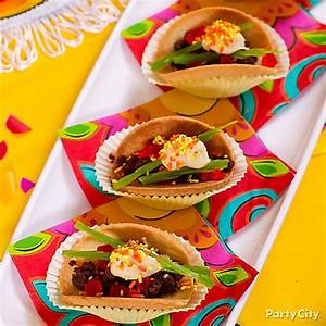 Cookie Tacos How To - Mexican Fiesta Dessert Ideas - Cinco