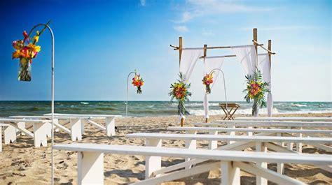 emerald isle wedding plan  north carolina beach wedding