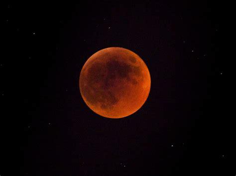 Hd Orange Theme Wallpaper by Orange Lunar Eclipse Hd Wallpaper Hd Wallpapers