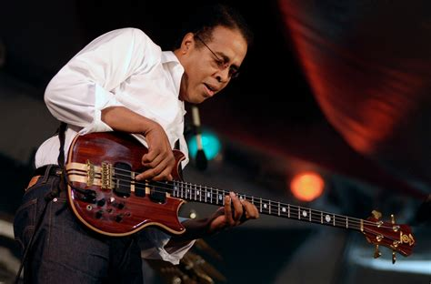 Stanley Clarke - Photo gallery on Veojam