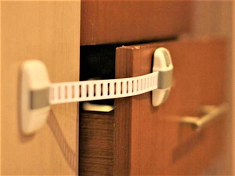 jual kunci pengaman laci lemari kulkas lemari es pintu