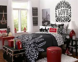 interior design of bedroom in black and red decobizzcom With black and red bedroom ideas