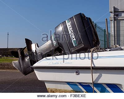 Motorboat En Espanol by A Mercury 90 Outboard Motor On A Motorboat On A Transport
