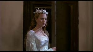 The story of a seamstress the princess bride wedding dress for Princess bride wedding dress
