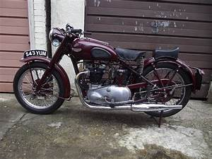 A 1947 Triumph 5t Speed Twin  Registration Number 543 Yum