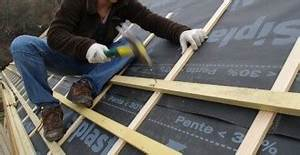 le guide pour vos travaux de toiture et vos tuiles With maison toit de chaume 2 couverture toiture plate comment choisir et quel budget
