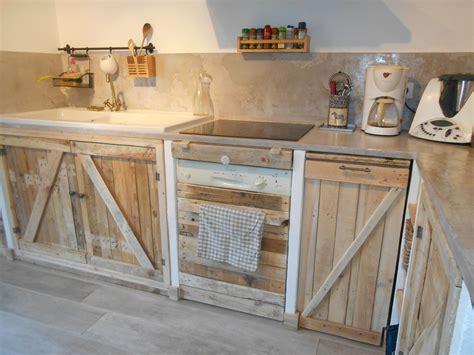 table cuisine palette cuisine avec palettes meubles palette