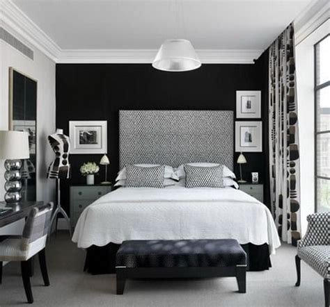 black and white master bedroom beautiful and elegant master bedroom ideas in black and 18338 | 5f7be794b1ff225dd53912afe5a337f6