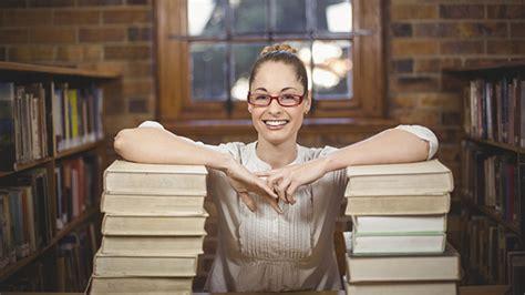 reasons librarian    great career choice
