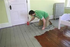 Cómo barnizar o plastificar pisos de madera : PintoMiCasa