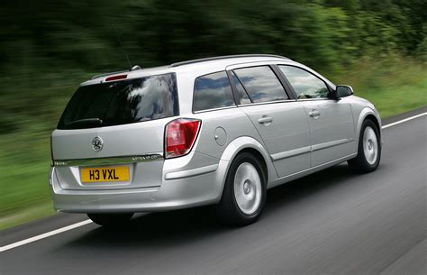 Vauxhall Astra Estate Review 2004 2018 Parkers