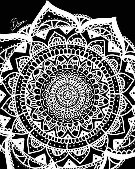 pin de xayito silva en backgrounds mandalas blanco y negro fondos para iphone y fondos de