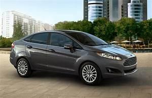Ford Fiesta 2016 : 2016 ford focus vs 2016 ford fiesta ~ Medecine-chirurgie-esthetiques.com Avis de Voitures