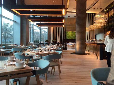 moderne cafe inrichting restaurant avec d 233 co tr 233 s sympa style moderne tendance