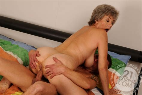 lusty grandmas aliz innovative mature milf blowjob livesex sex hd pics