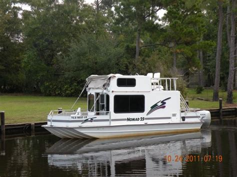 Houseboat New Orleans by 2006 Nomad 25 House Boat For Sale In New Orleans