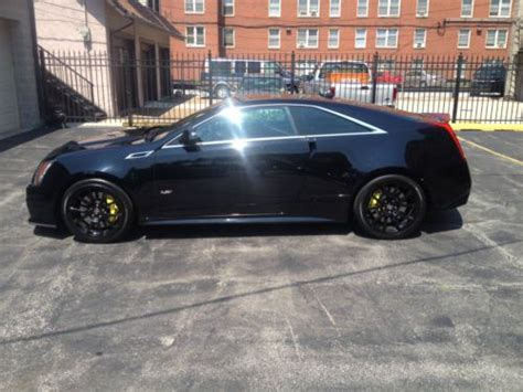 find   cadillac cts  coupe  door   chicago illinois united states
