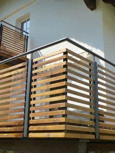 balkongelaender stahl pulverbeschichtet mit holz