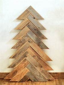 10 Wooden Christmas Trees with Eco-Style