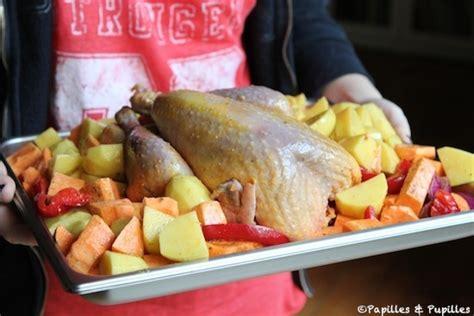 cuisiner la pintade pintade au four et pommes de terre r 244 ties