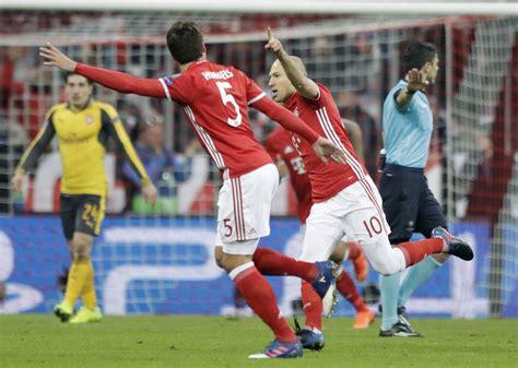 Bayern Munich hammers Arsenal in UEFA Champions League ...