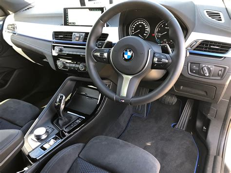 bmw  launch review   wheel