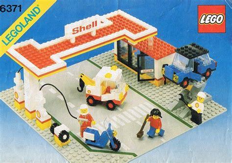 town  brickset lego set guide