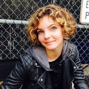 21 Photos of Gotham's Camren Bicondova | Peanut Chuck ...