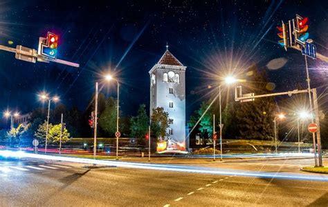 Muzeju naktī tornī spēle par varoņiem - Skolēnu ekskursijas