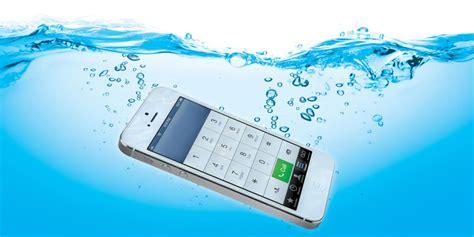 iphone in water iphone water damage askmen