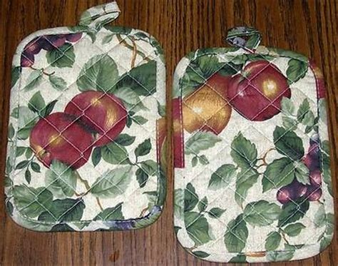 kemp beatley sonoma orchard fruit pot holders potholders apples grapes curtains potholders