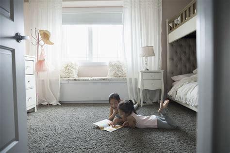 bedroom floor inexpensive bedroom flooring ideas