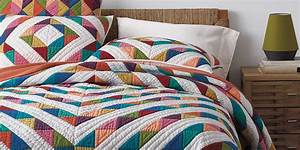 9 best quilts for fall 2017 quilts shams and coverlets for Best quilts for beds