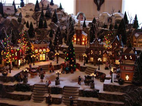 mouseplanet walt disney world park update by goldhaber - Christmas Model Village