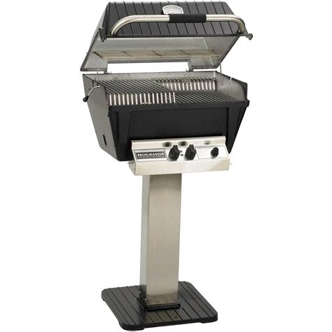 Broilmaster P4-xfn Premium Natural Gas Grill On Stainless Steel Patio Post