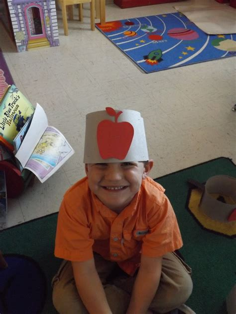 Mrs. Laura's Class: Happy Johnny Appleseed Day!