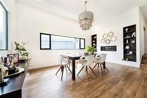 originale maison contemporaine sur la cote australienne With salle À manger contemporaine avec cuisine aménagée contemporaine