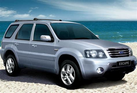 2005 Ford Escape Reviews by Used Ford Escape Review 2001 2006 Carsguide