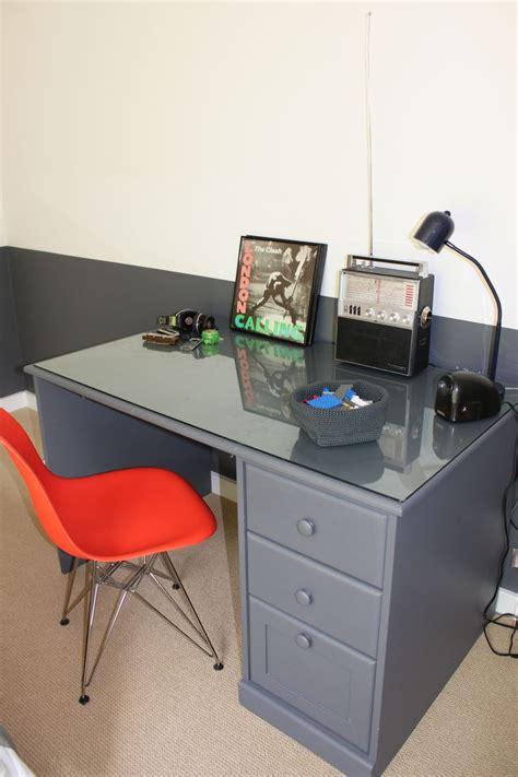 desk for teenager boy teen boy 39 s bedroom makeover farmhouseurban
