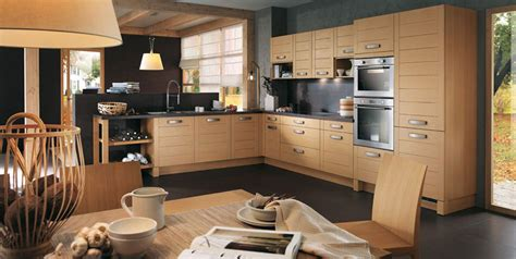 cuisine en chene blanchi cuisine moderne et chaleureuse callisto chêne blanchi