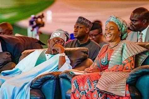 Bola tinubu was governor of lagos state from 1999 to 2007, while his wife, remi has been representing lagos central senatorial district at the national assembly since 2011. Lovely Photo Of Bola Tinubu And His Wife, Remi » Naijafinix
