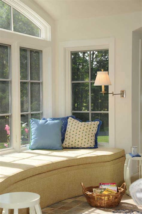 amazing  comfy built  window seats