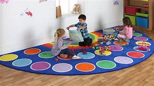 grand tapis arc en ciel de kit for kids par ludesign With tapis shaggy avec canapé en arc de cercle