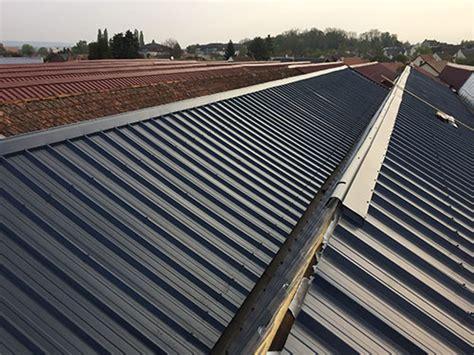 toiture bac acier isolé pose toiture bac acier zinc ardoise 76 lair marc couverture zinguerie