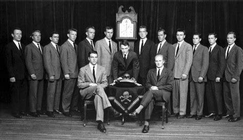 Illuminati Society Top 10 Secret Societies Toptenz Net